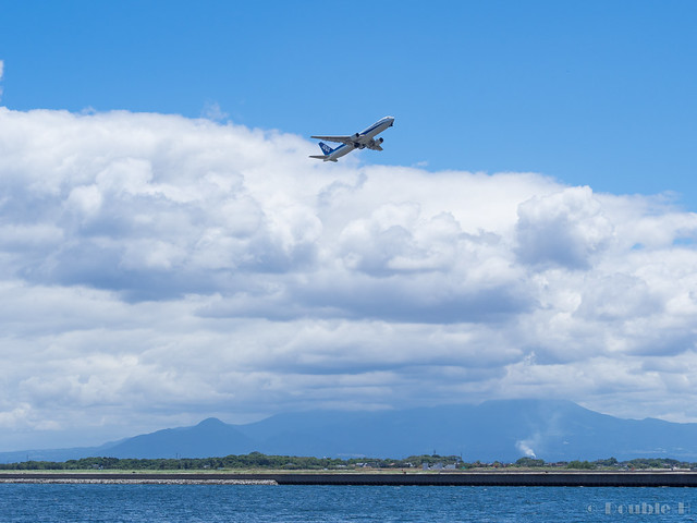 ANA's B767-300 departure from Yonago Airport (2)