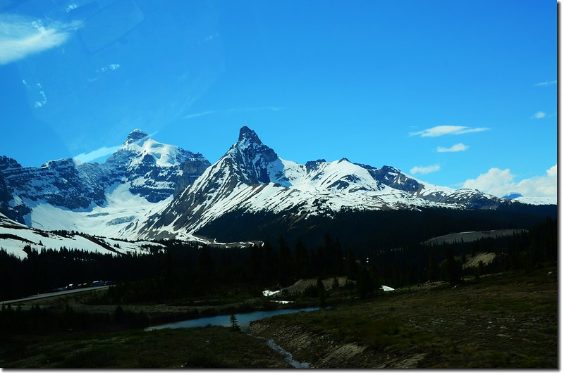 The scenery along  AB-93 N(Icefields Parkway) (13)
