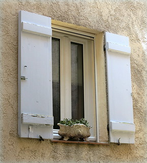 Window ledge planter, Villecroze, Var, Provence