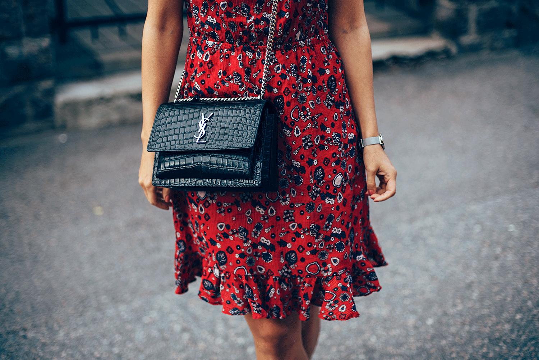 Red_dress3