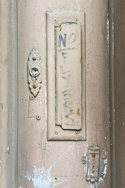 No Doorbells