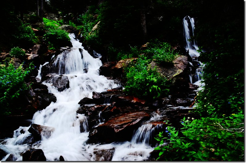 Cascade along the trail 2