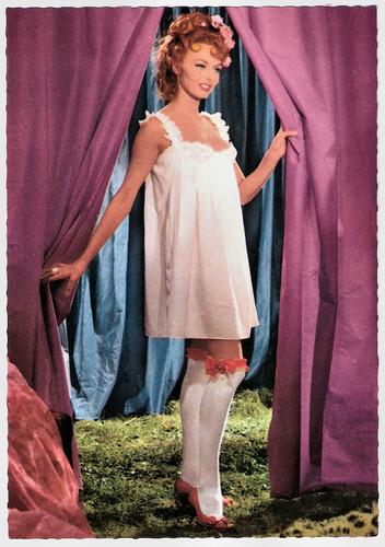 Michèle Mercier in Angelique et le roy (1965)