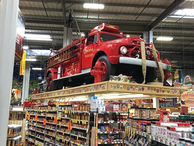 Jungle Jim's Firetruck Hotsauce display