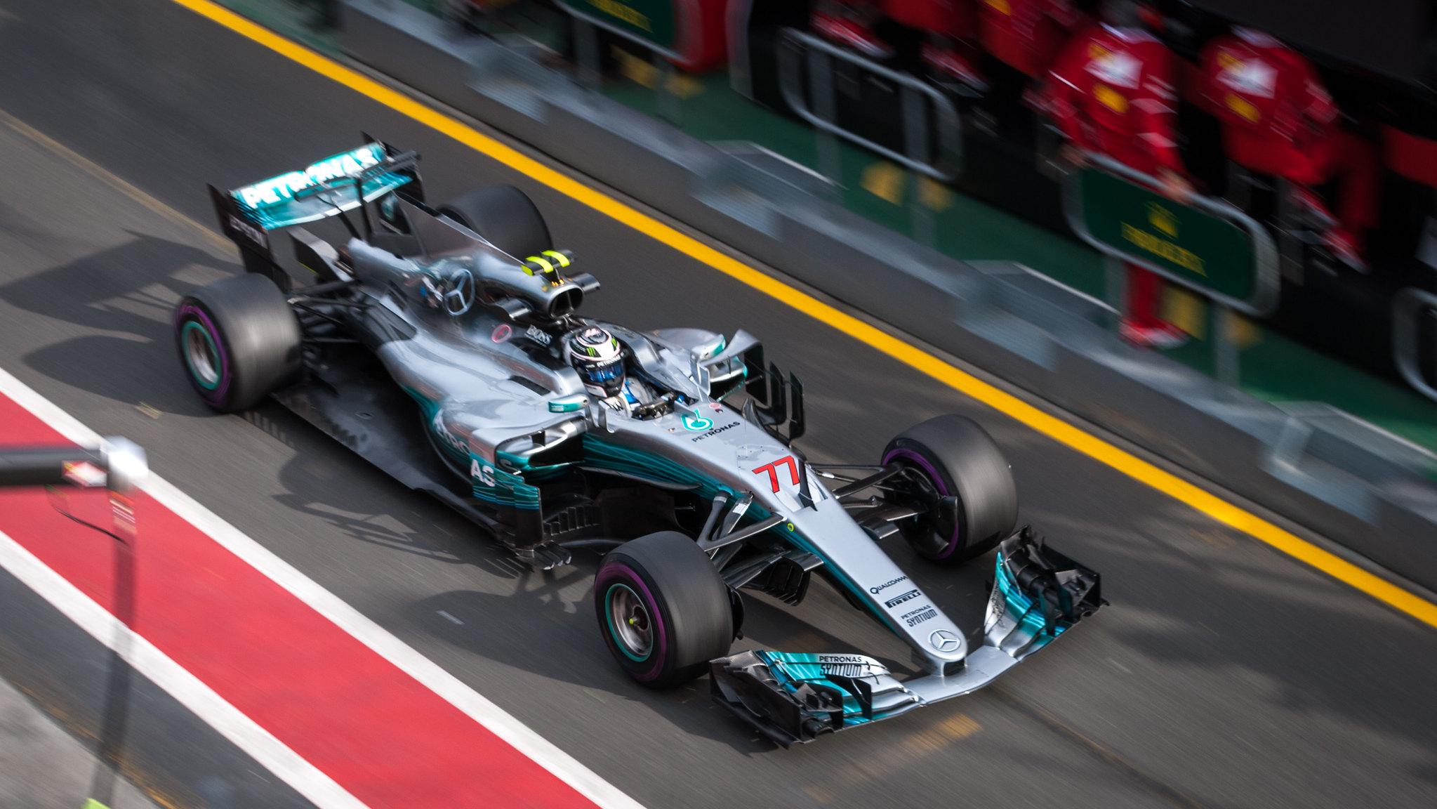 Equipes de F1 - Mercedes GP F1 - foto by Jake Archibald - Flickr