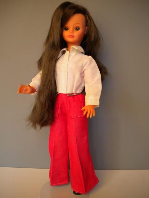 Cathie grow hair brunette, Nikon COOLPIX S220