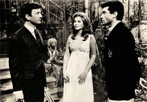 Claude Rich, Marina Vlady and Cristea Avram in Mona, l'étoile sans nom (1966)