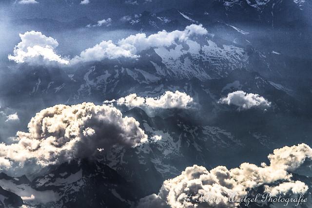 Die Alpen aus 36000, Canon EOS 650D, Sigma 18-200mm f/3.5-6.3 DC OS