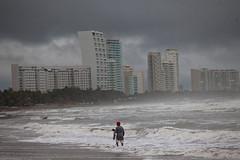 ?Hilary? se fortalece y provoca tormentas intensas en Guerrero y Oaxaca