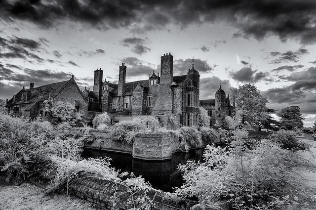 An Elizabethan Home
