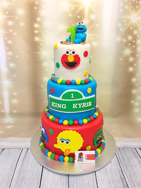Sesame Street Rainbow Cake by Danielle Jeffries of Petal's Cupcakery