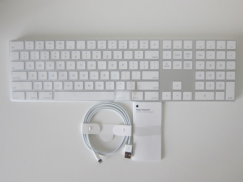 Apple Magic Keyboard with Numeric Keypad - Box Contents