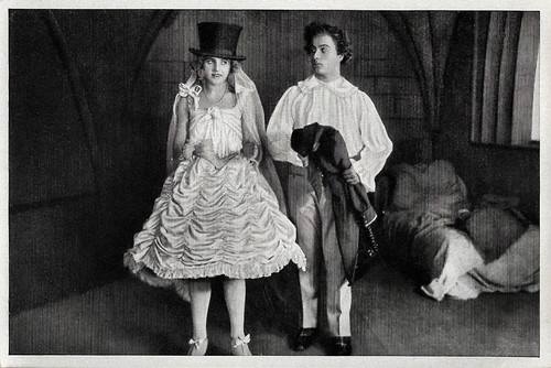 Ossi Oswalda and Hermann Thimig in Die Puppe (1919)
