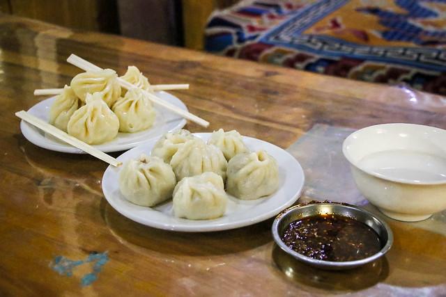 Tibetan dumplings in Luhuo ルーフォ チベット料理店で食べたモモ(包子)
