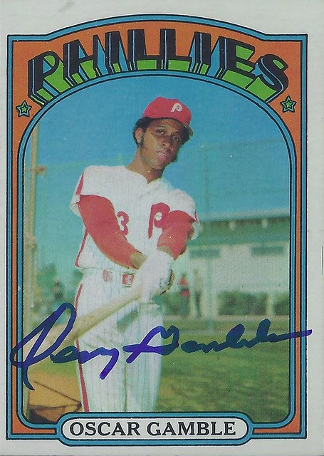 1972 Topps - Oscar Gamble #423 (Outfielder) - Autographed Baseball Card (Philadelphia Phillies)
