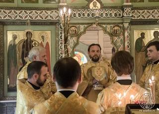 Божественная литургия310
