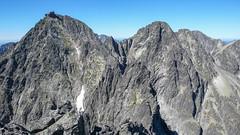 Widok z Kieżmarskiego Szczytu (2536m) - Łomnica (2634m), Grań Wideł, Durny Szczyt (2621m), Baranie Rogi (2526m) i Kołowy Szczyt.