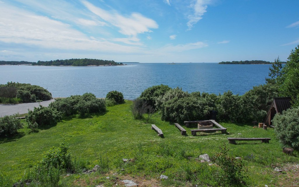 The Hidden Gems of Finnish Archipelago: The Old Military Island Kuuskajaskari Takes You Back in Time | Live now – dream later travel blog