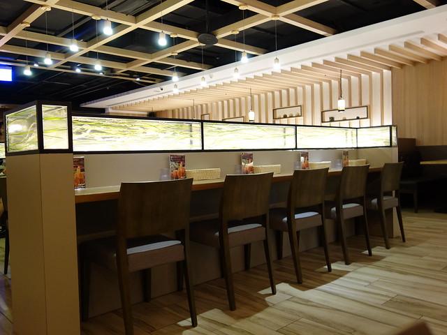 有個人座位@大阪來的Izumi Curry南港CITYLINK店