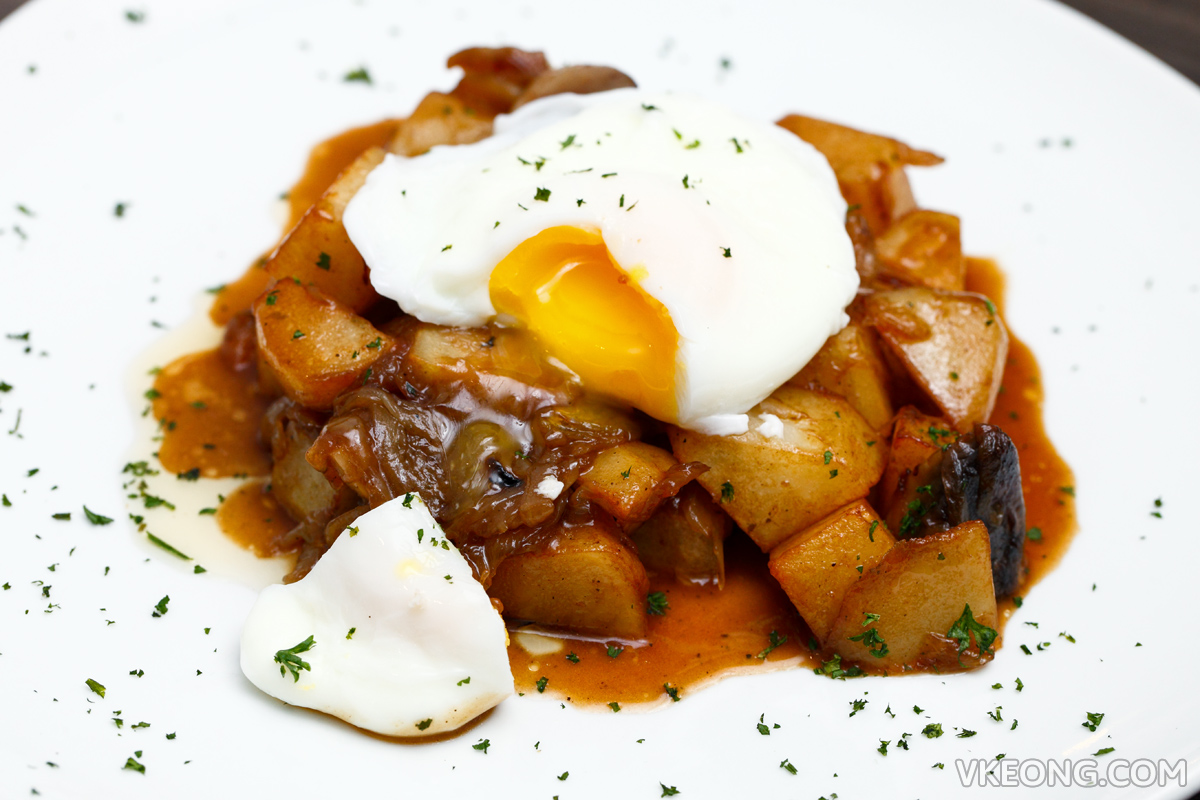 The Establishment Poached Egg with Caramelized Onions and Potatoes