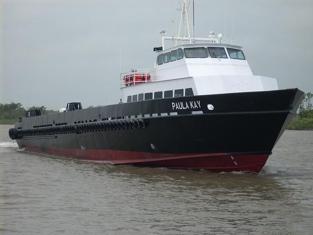 cameron 5-5 029 crewboat, Nikon COOLPIX L10