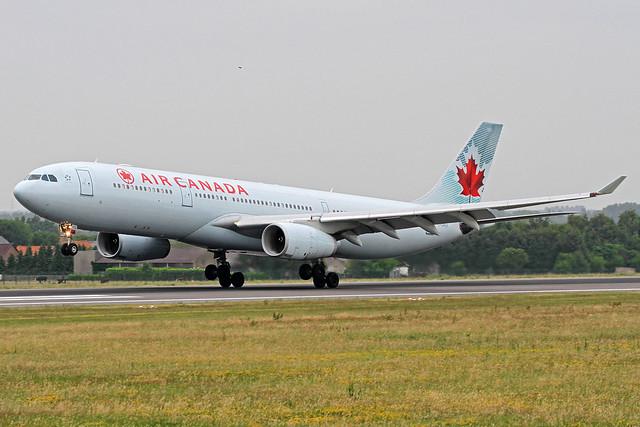 Air Canada Airbus A330-343X C-GHKR BRU 17-06-17