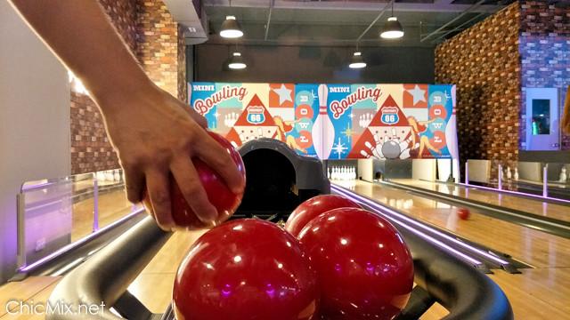 timezone-bowling-ayala-vertis-north-39