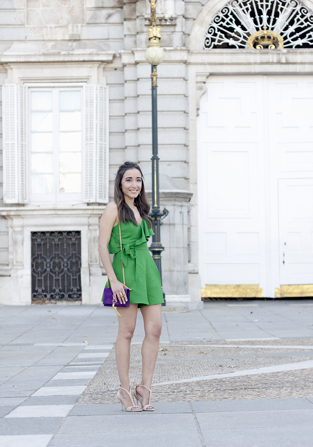 Green jumpsuit ysl bag heels uterqüe accessories summer outfit fashion01