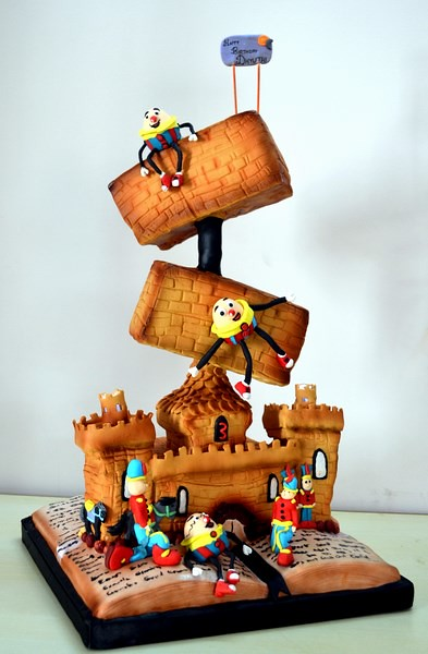 Humpty Dumpty Cake by A Pinch of Poom's Love