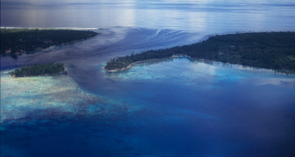 Entrance to the lagoon of Rangiroa Atoll in the Tuamotu Archipelago of French Polynesia.