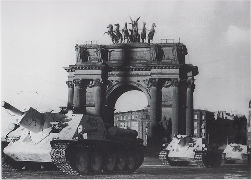 SU-122's passing  the Narva gate in Leningrad March-April 1943