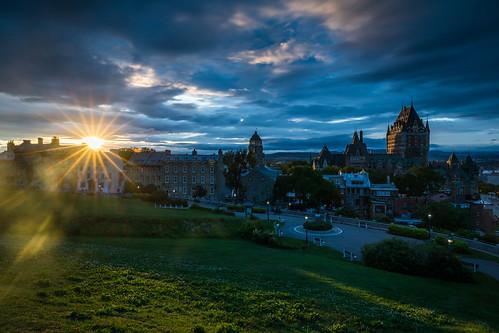 quebec sunset canada villedequébec québec ca dusk blue sky colors clouds beautiful aruyn arun sundar citadel