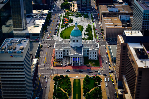 stlouis missouri unitedstates us old courthouse viewed from gateway arch st louis mo saintlouis saint stl aerial view