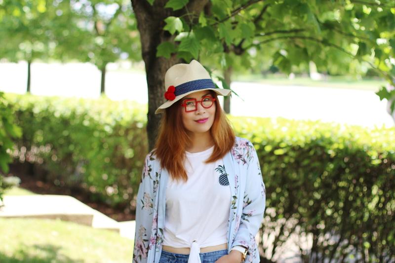 dreamer-glasses-pineapple-shirt-kimono-hat-1