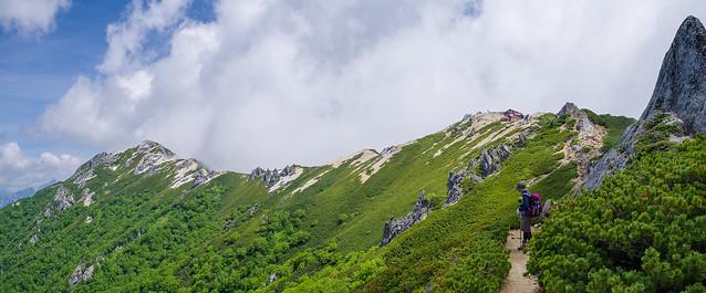 燕岳と燕山荘を振り返る