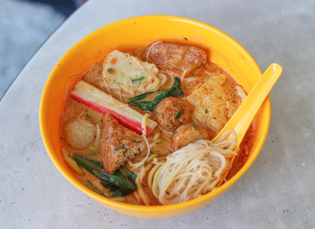 NUS Food Store: Yong Tau Foo & Laksa
