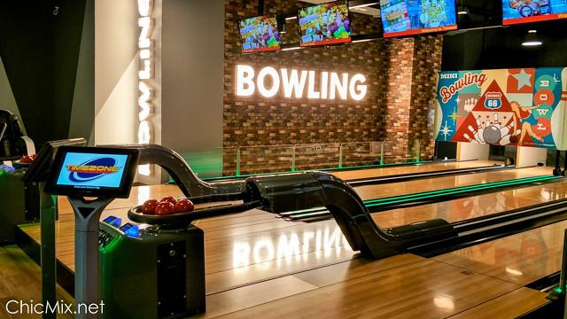 timezone-bowling-ayala-vertis-north-12