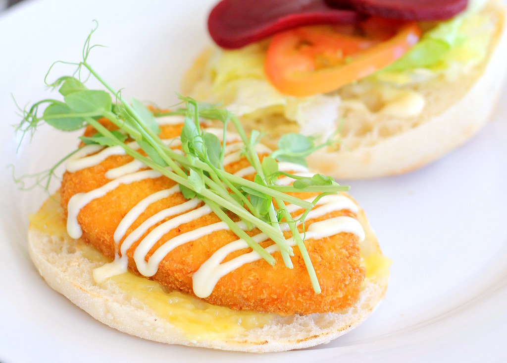 albany-discovery-bay-fish-burger