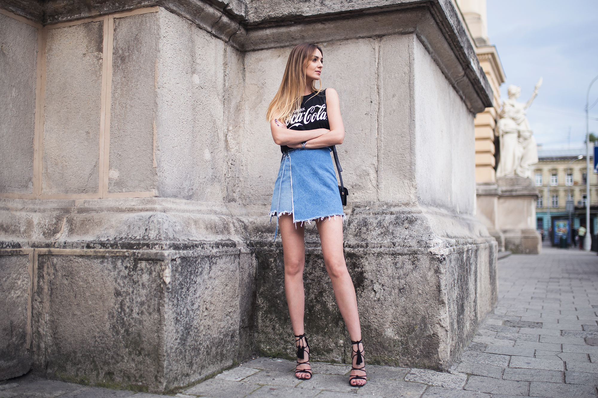 wrap-denim-skirt-grlfrnd-outfit-street-style