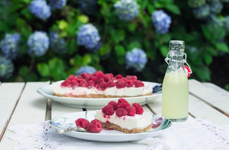cheesecake de limón y frambuesas
