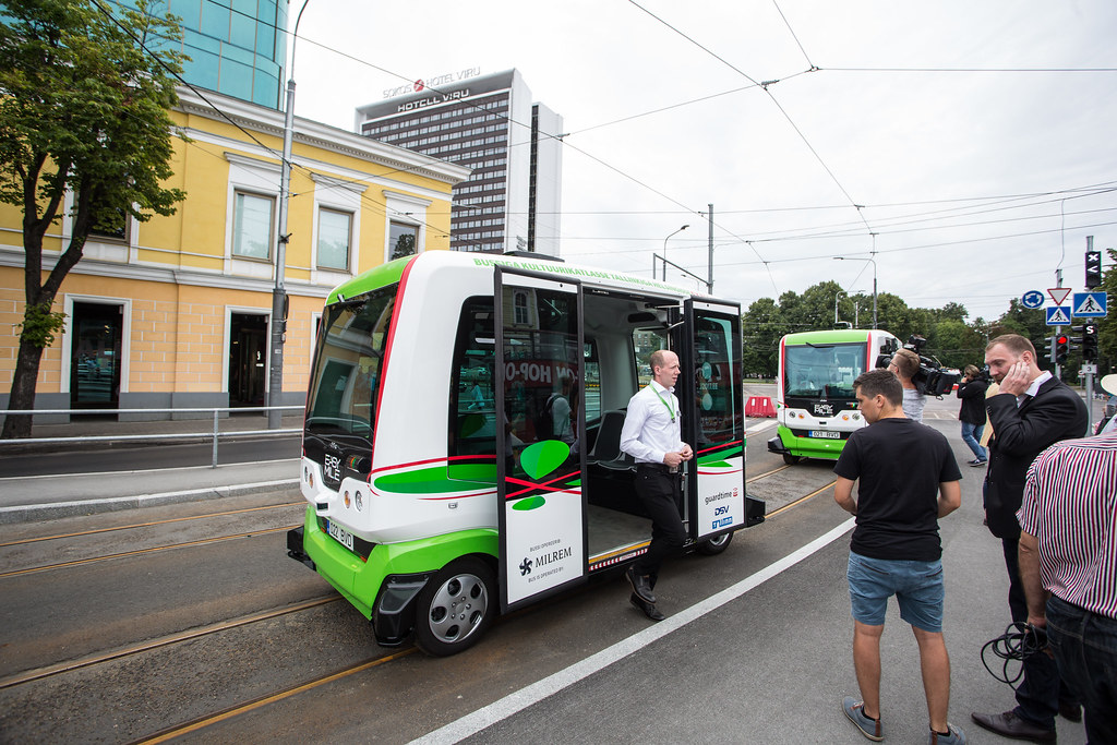 Self-driving bus line opening in Tallinn