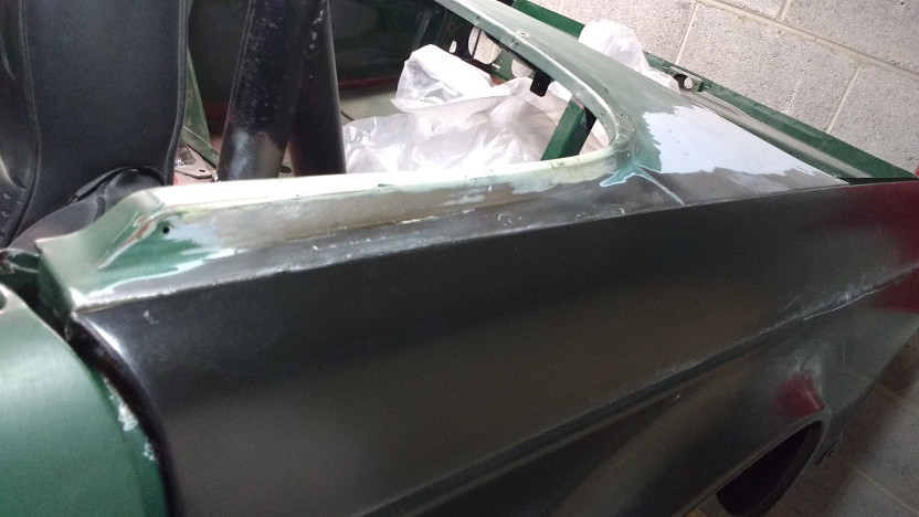 The rear valence lines up better than I remembered. This is the worst side so Iu0027m no longer tempted to replace the rear valence. & 1972 Triumph TR6 looking for a purpose-Page 5| Builds and Project ... pezcame.com