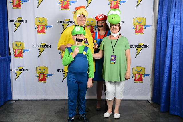 Raleigh Supercon - Cosplay Photo Booth (Luis Zapata)