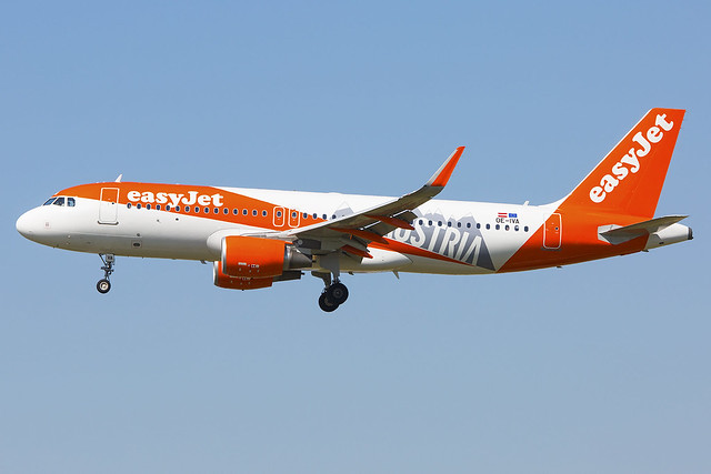 EasyJet_Europe_A320-200SL_OE-IVA_LOWW_200717_002