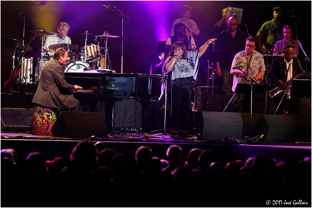 Jools Holland & His Rhythm 'n Blues Orchestra