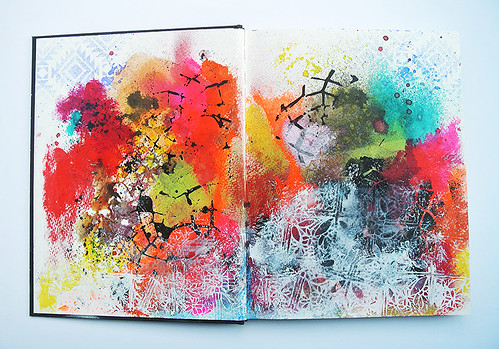 More-messy-backgrounds-in-my-art-journal