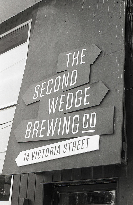 Second Wedge Sign