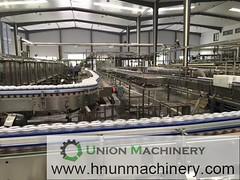 Automatic Liquor Filling Machine - Liquid Bottling Plant