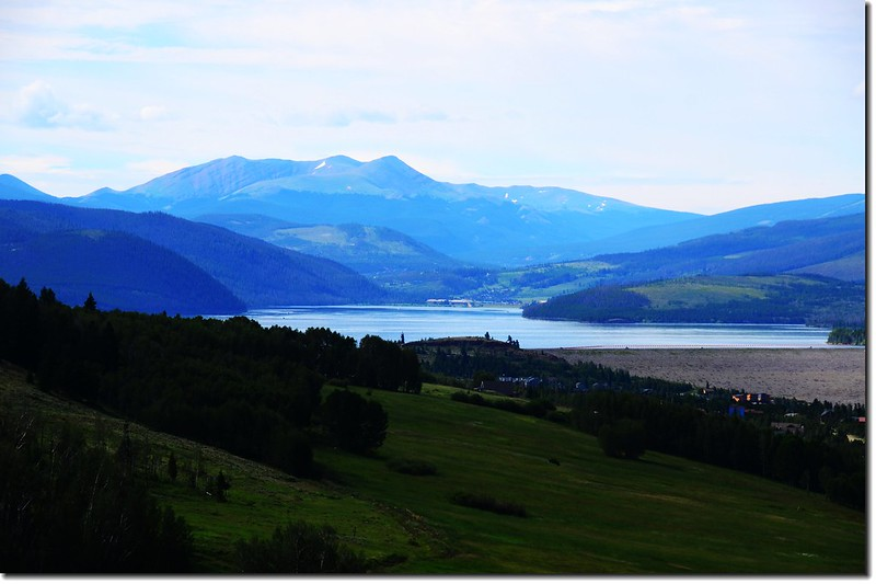 Looking south to Dillon Reservoir from Angler Mountain Trail 1