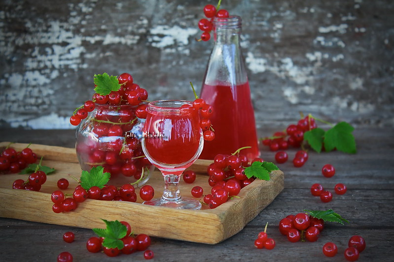 ...liqueur of red currant